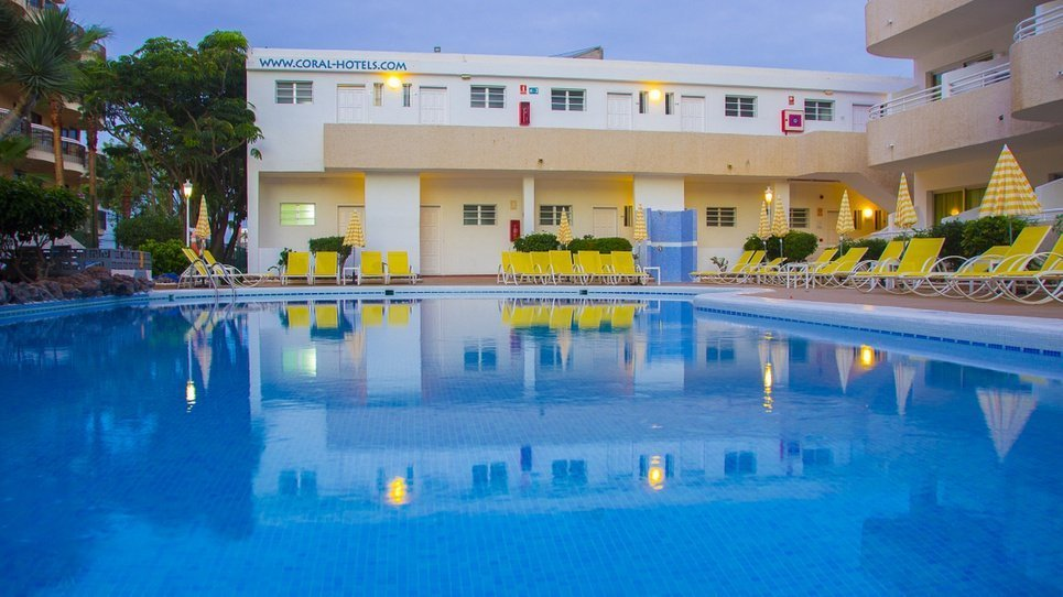 ОТКРЫТЫЙ БАССЕЙН Hotel Coral California