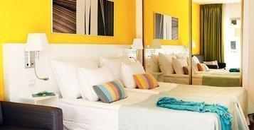 СТУДИЯ С ВИДОМ НА БАССЕЙН Hotel Coral California