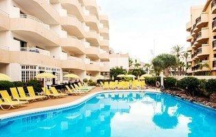 Бассейн Hotel Coral California